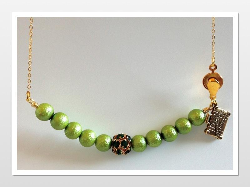 Emerald & Light Green Necklace
