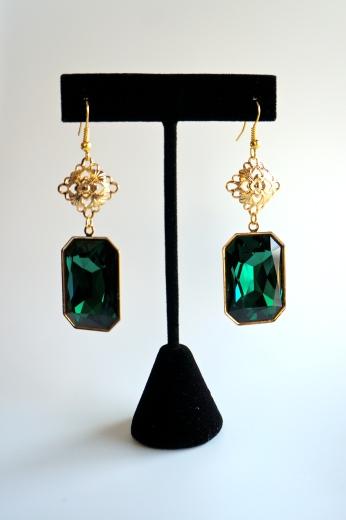 GRACE EARRINGS - Emerald Green Swarovski Drop Earrings