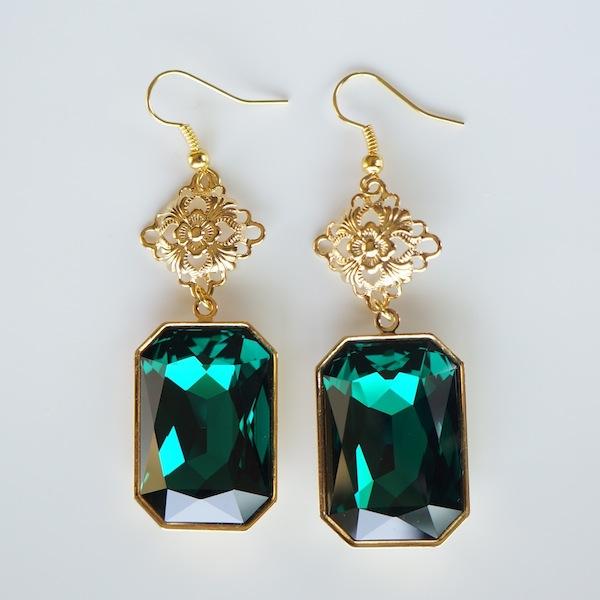 emerald green swarovski crystal drop earrings