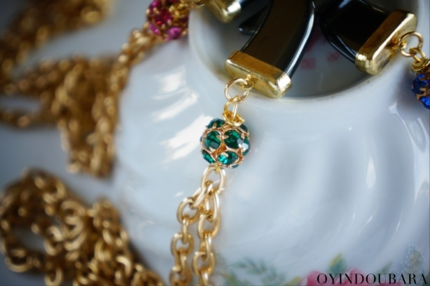 Emerald Rhinestone Bead on Italian Horn Necklace