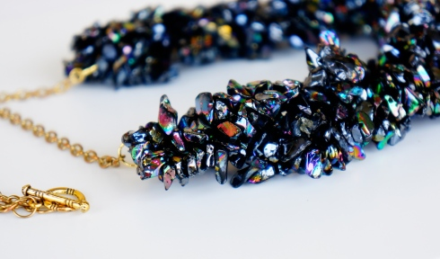 black chip bead necklace oyindoubara