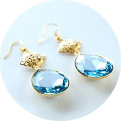 blue swarovski drop earrings_oyindoubara_jewelry